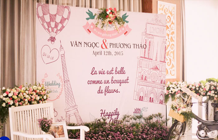 Phông nền in bạt sẽ làm cho đám cưới thêm lung linh, lộng lẫy