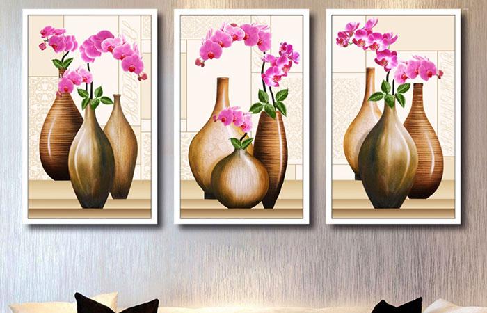 Tranh canvas là loại tranh giá rẻ và được ưa chuộng hiện nay