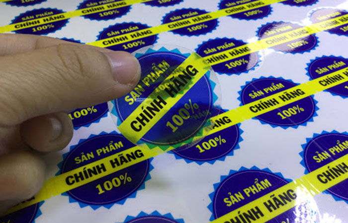 In tem decal trong suốt